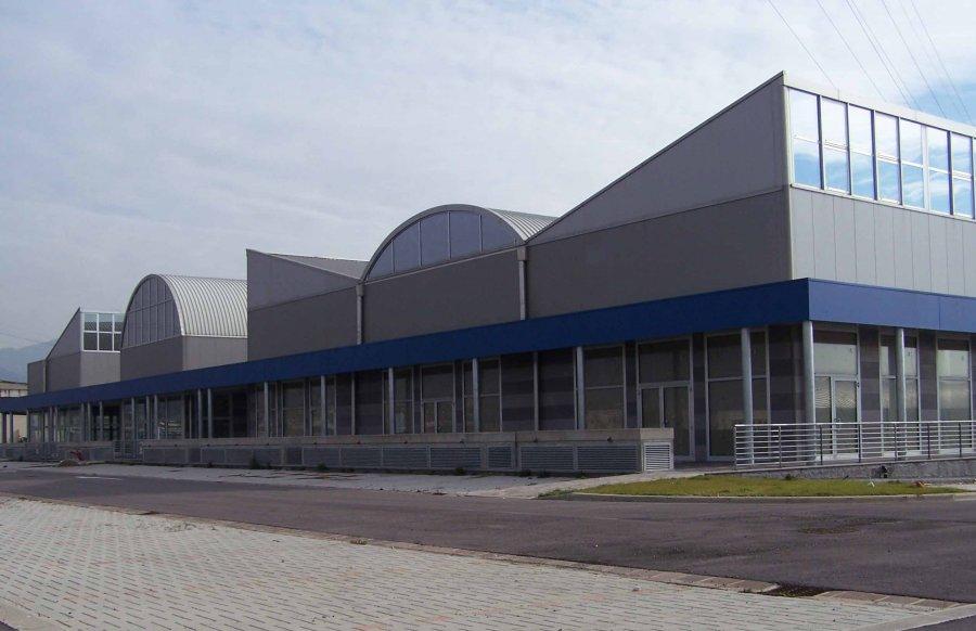 Industriale studio donzellini for Interno 3 calenzano